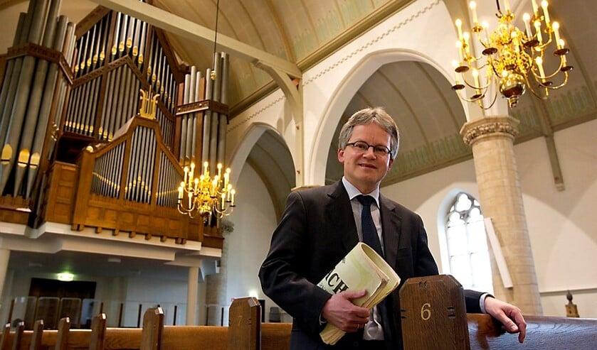 Paul Kieviet is als organist verbonden aan de Hervormde Gemeente en de CGK te Middelharnis en de Hervormde Gemeente te Sommelsdijk.