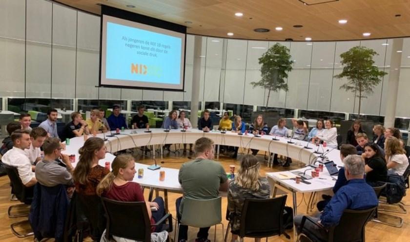 Op 29 januari verzorgt de Jongerenraad in het gemeentehuis aan de Verdilaan een Westlandse tafeltjesavond.