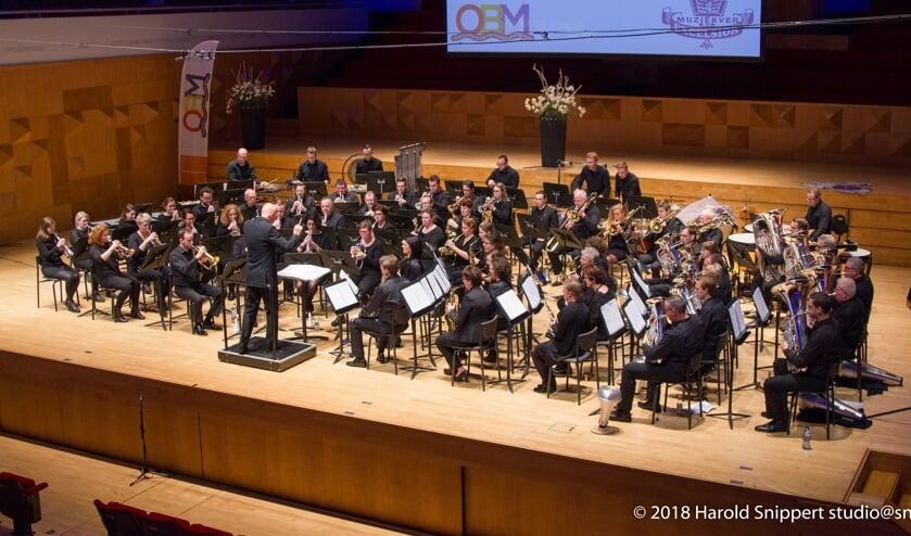 Fanfareorkest De Hoop uit Stellendam wil muzikaal stilstaan  bij 75 jaar vrijheid  en doet dat onder meer met een bijzonder nieuwjaarsconcert. (Foto: Harols Snippert)
