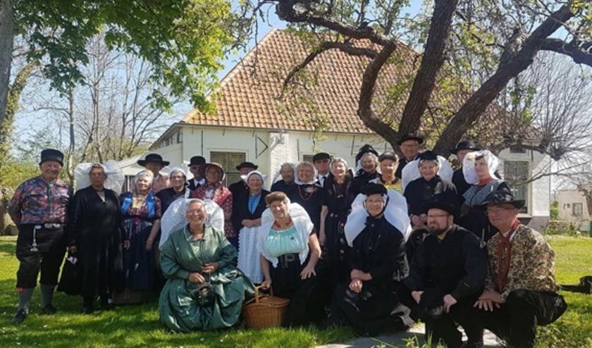 Streekdrachtvereniging De Arke toont graag het cultureel erfgoed.