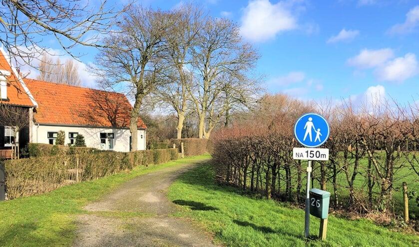 Het Mannenpad is een van de bekendste kerkepaden in Ouddorp. (foto Dorien Kickert)