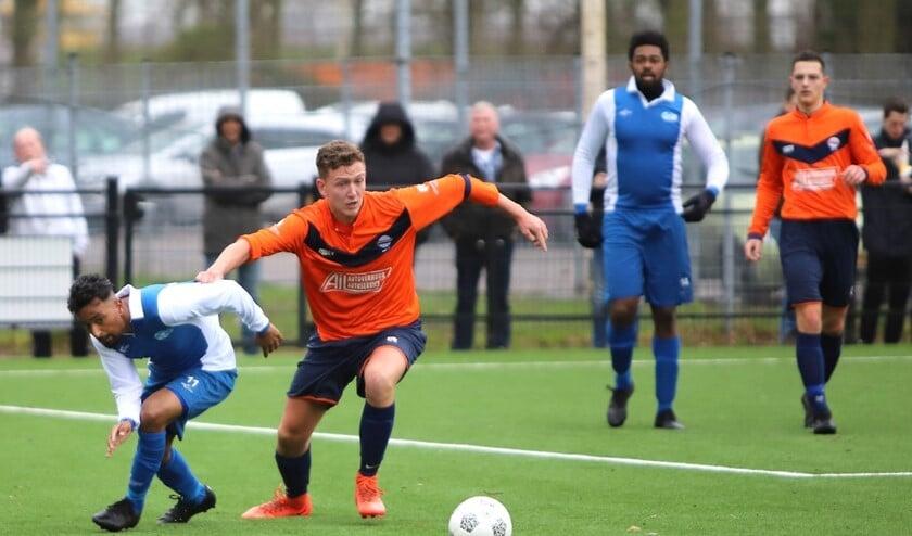 Simonshaven deed het zaterdag uitstekend bij SCO'63. De ploeg wist met 2-0 te winnen van de Spijkenissers.