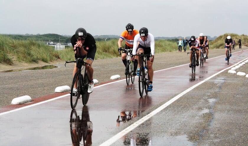 De organisatie van GO Triathlon Brouwersdam vindt een goede voorbereiding belangrijk (Foto Fred Götzenberger).