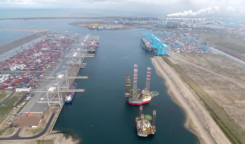 Prinses Amaliahaven, Havenbedrijf Rotterdam – fotograaf: Paul Martens