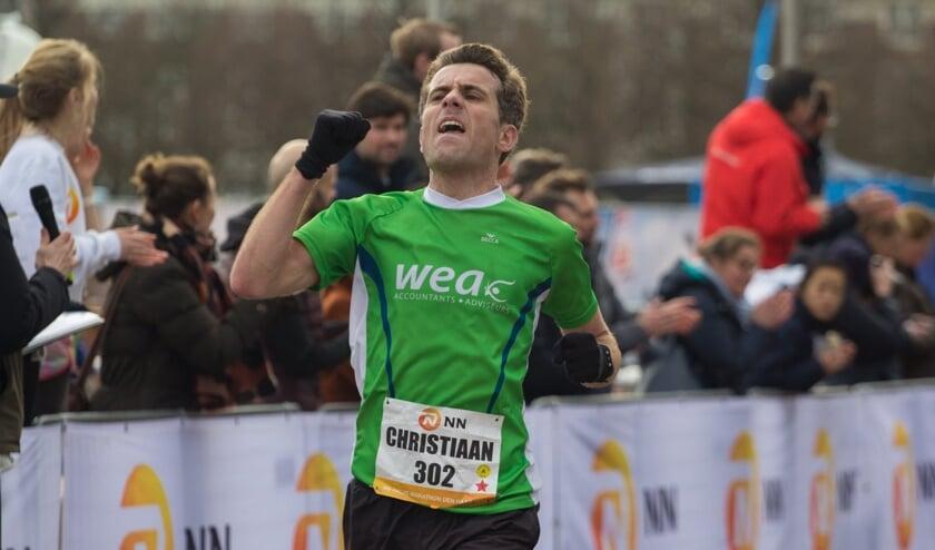 Christiaan van Beusichem beseft dat hij de kaap van 1.06 u doorbreekt. (Foto: Bjorn Paree).