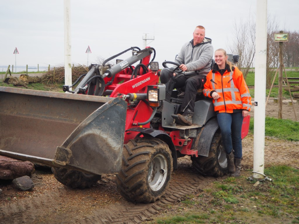 De vaste vrijwilligers voor grondwerk waren er al ongewoon vroeg bij om Mieke en Sander bij te staan.   © GGOF.nl
