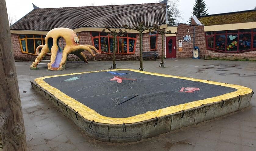 OBS De Inktvis in Dirksland is een van de scholen van de Stichting OPOGO waar geen les meer gegeven wordt. (Foto: Nick Ehbel)