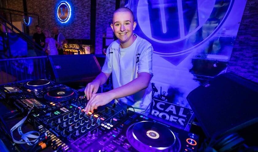 DJ Bradley Q in actie (privéfoto).