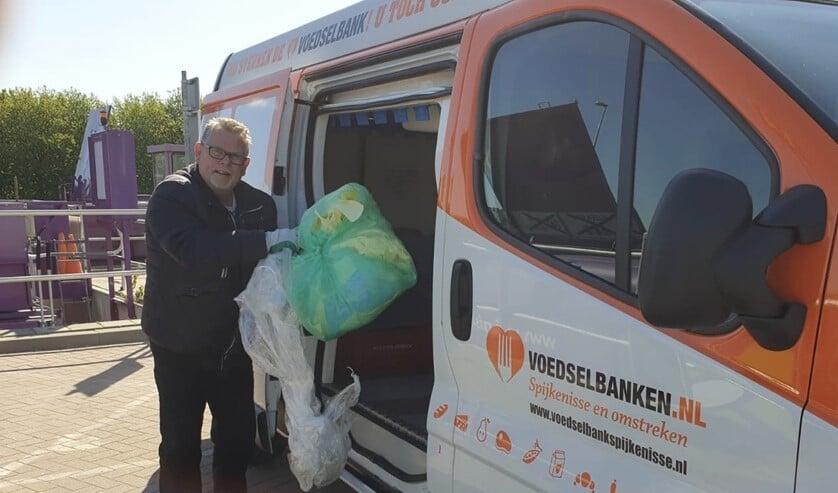 Willem Heijdacker is inmiddels aan de slag aan vrijwilliger bij de Voedselbank.