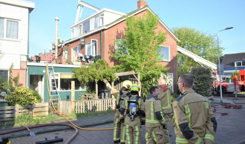 Een woning in Honselersdijk is zaterdag beschadigd geraakt na een brand.