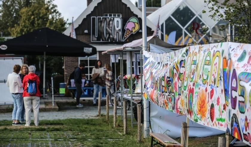 Het 'kleine' culturele veld in Westland loopt tot 1 juni door de coronacrisis zeker 375.000 euro schade op, zo blijkt uit onderzoek van Westland Cultuurweb.