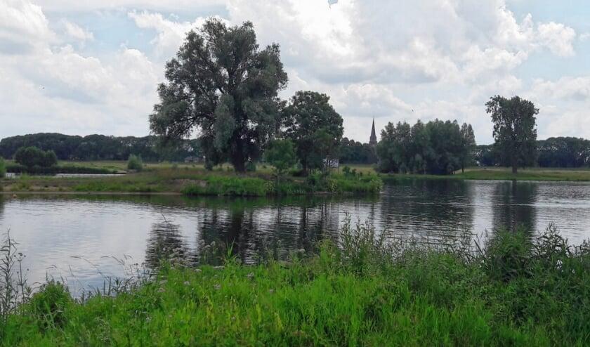 Het land van Maas en Waal. Hollandser kan haast niet. (Foto: Tino van Kampen)