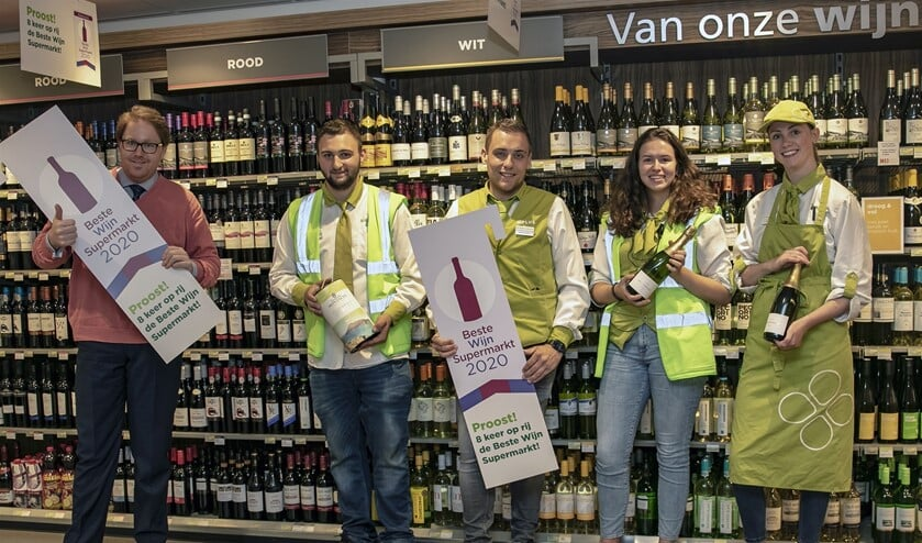 Bij Plus Trommel zijn ze trots op de titel Beste Wijnsupermarkt! (Foto: Wil van Balen)