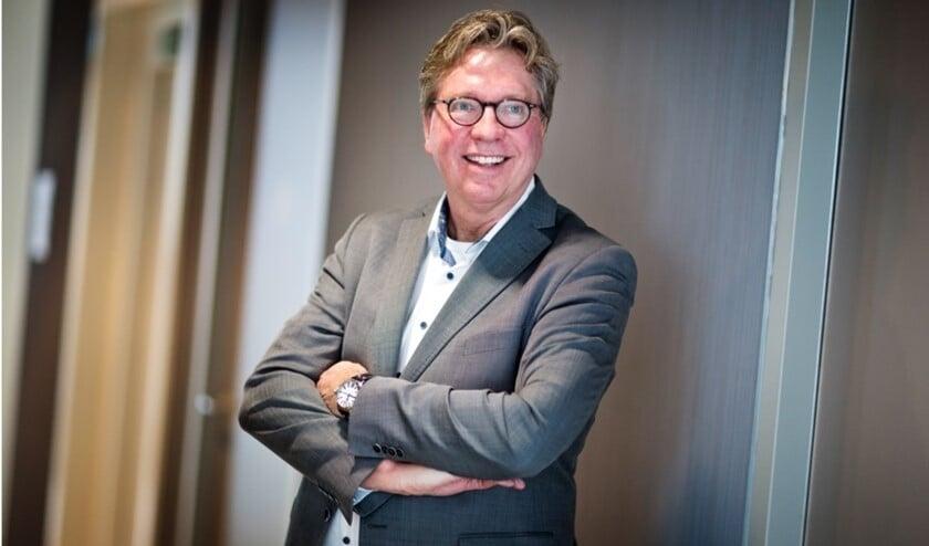 Na de bestuursverkiezing werd de leiding van de vergadering overgenomen door nieuwe voorzitter Jan Verhage.