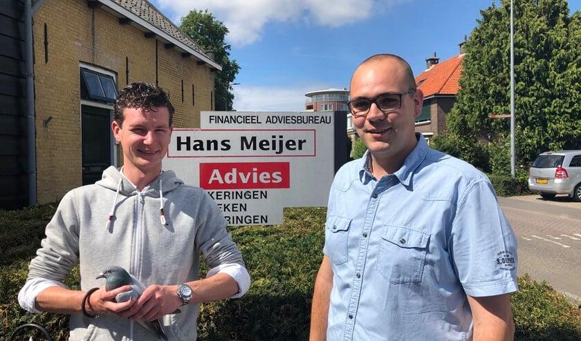 Richard van den Bos met een medewerker van Hans Meijer.