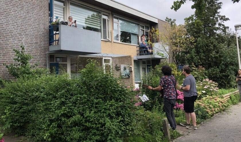 Mevrouw Halve-van der Steen uit Wateringen werd door Stichting Vier het Leven in het zonnetje gezet. Foto: (PR)
