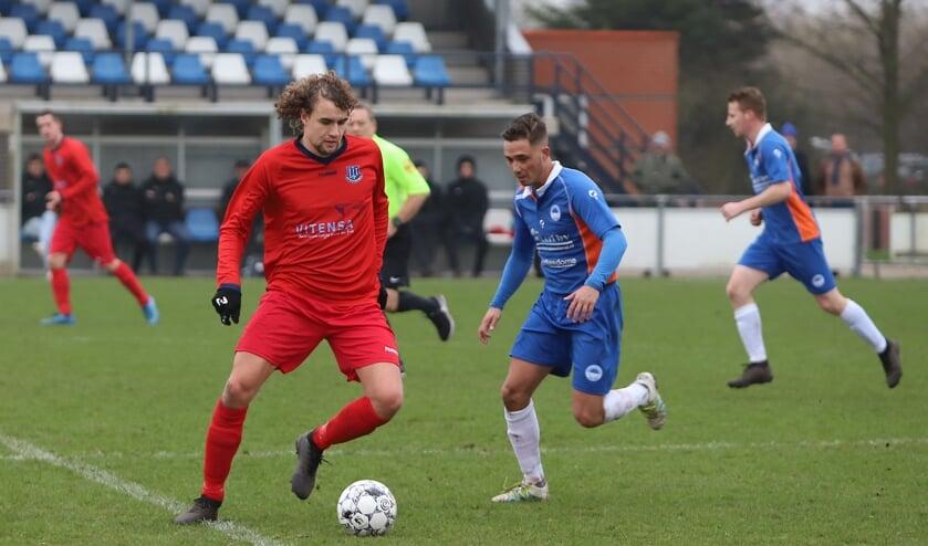 <p>Vincent Bieling scoorde in de openingswedstrijd van Vierpolders bij GHVV &#39;13 voor Vierpolders. (Archieffoto: Peter de Jong)</p>