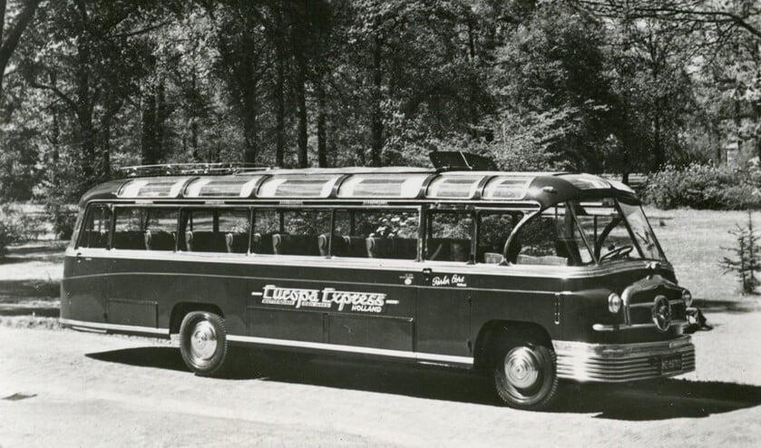 <p>De Europa Express bus.</p>
