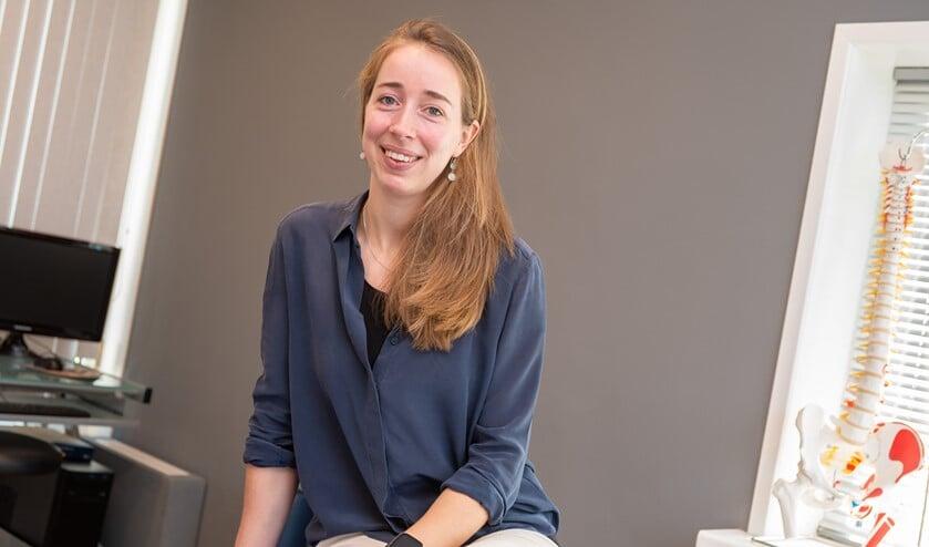 <p>Marlotte Lagendijk in haar praktijkruimte in Goedereede. Foto Jacquelien Wielaard</p>