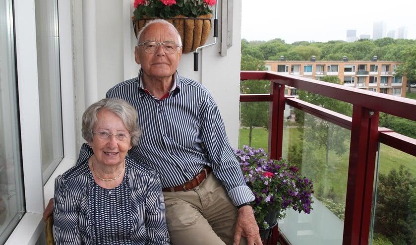 <p>Het echtpaar Adema op hun balkon.&nbsp;</p><p><br></p>