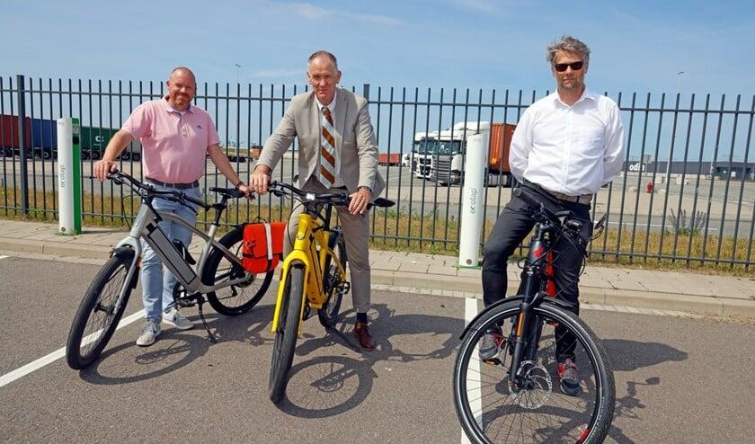 Alex Dikhoff van Neele-Vat (Maasvlakte); Paul Slier van Galilei Onderwijsgroep (diverse middelbare schoollocaties op Voorne-Putten) en Jeroen de Bont van Dizzco (Waalhaven).