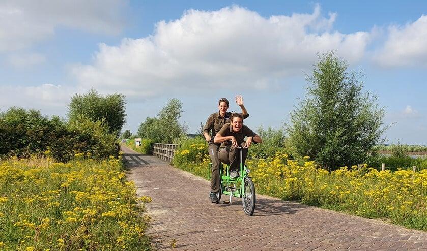 <p>Annette (voorop) en Chantal op verkenning. Volg hen ook op: Instagram: tiengemeten Facebook: tiengemeten Twitter: @BC_Tiengemeten&nbsp;</p>