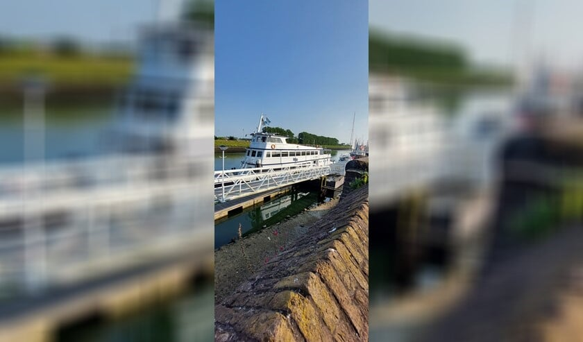 <p>Zestig deelnemers aan de boottocht van de Zonnebloem zullen 21 september inschepen op de Frisia.</p>