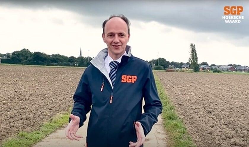 <p>Adriaan van der Wulp is al vele jaren raadslid voor de SGP, eerst in &#39;s-Gravendeel en nu in gemeente Hoeksche Waard. Hij is opnieuw beschikbaar voor de komende raadsperiode.&nbsp;</p>