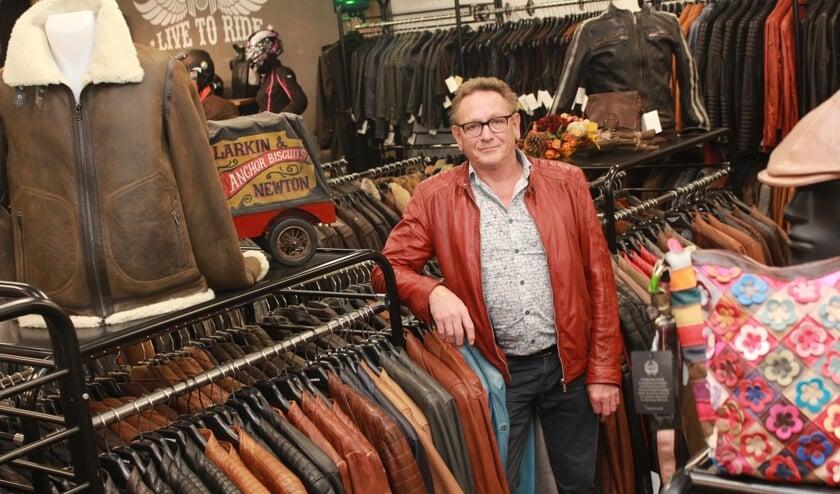Ad en Anny Braspenning verkopen leren kleding en accessoires voor iedere leeftijd, smaak en budget.