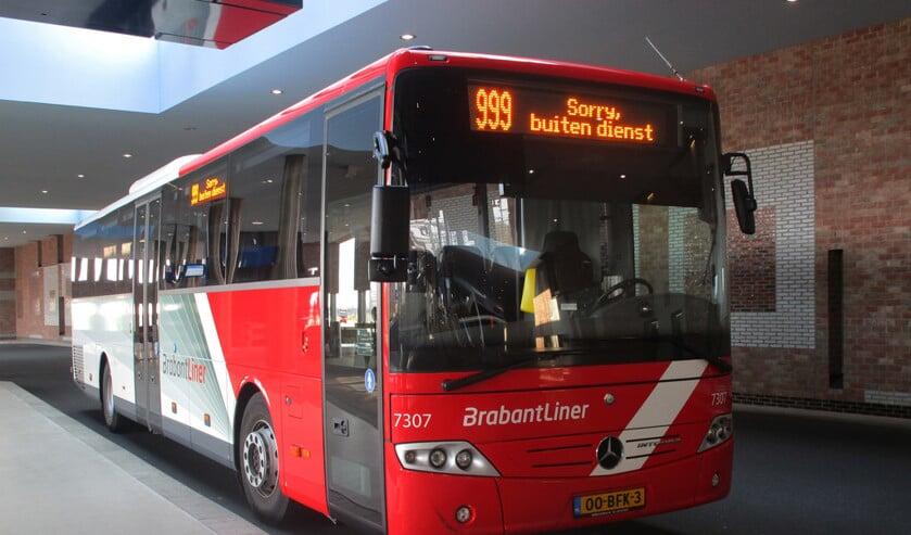 Stakende buschauffeurs leggen het werk voor onbepaalde tijd neer.
