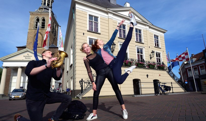Wil jij ook schitteren in KIJK ons Roosendaal? FOTO PETER VAN TRIJEN