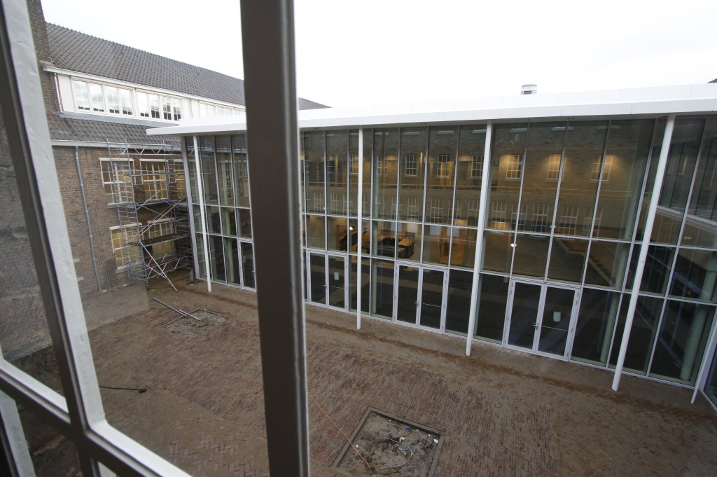 De Seelig Kazerne wordt door de Rooi Pannen omgevormd tot onderwijsbolwerk.  Foto: Wijnand Nijs © BredaVandaag