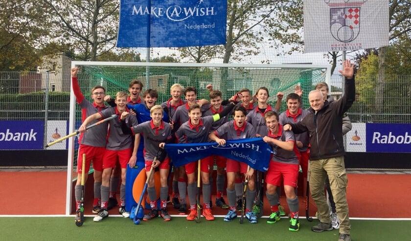 De jongens van JA1 van Hockeyclub Etten-Leur.