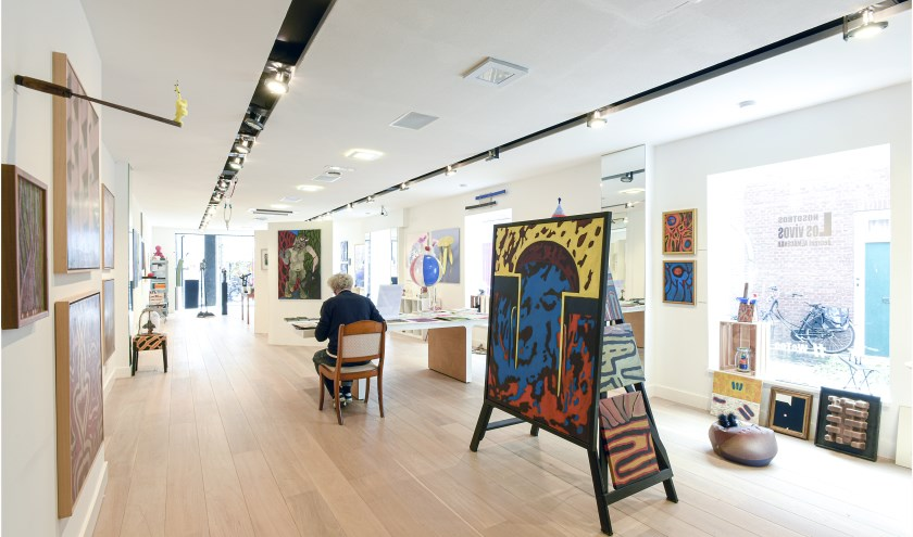 Er is veel werk te zien in de kunstwinkel in de Nieuwe Burcht. FOTO TON STANOWICKI