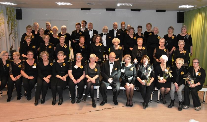 Gemengd koor De Cantorije viert het gouden jubileum