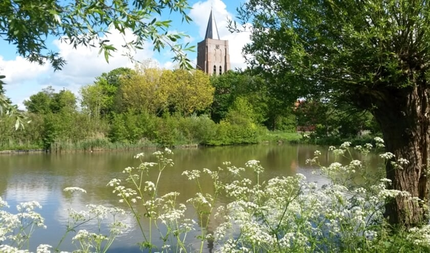 <p>Zicht op de Dorpskerk Oostkapelle</p>