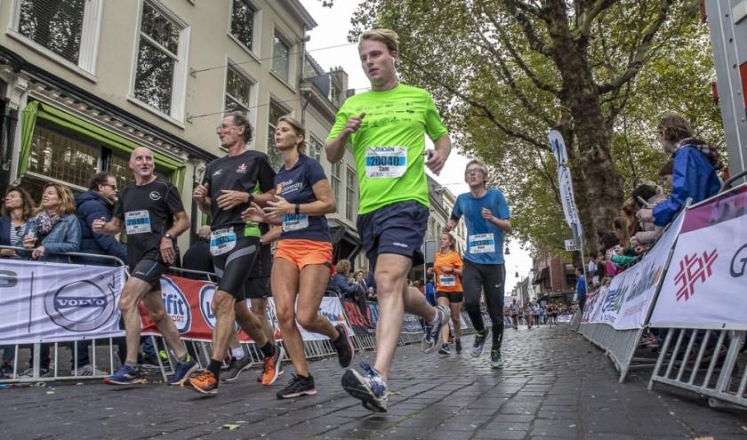 Aan de Singelloop in 2018 deed een recordaantal deelnemers mee.