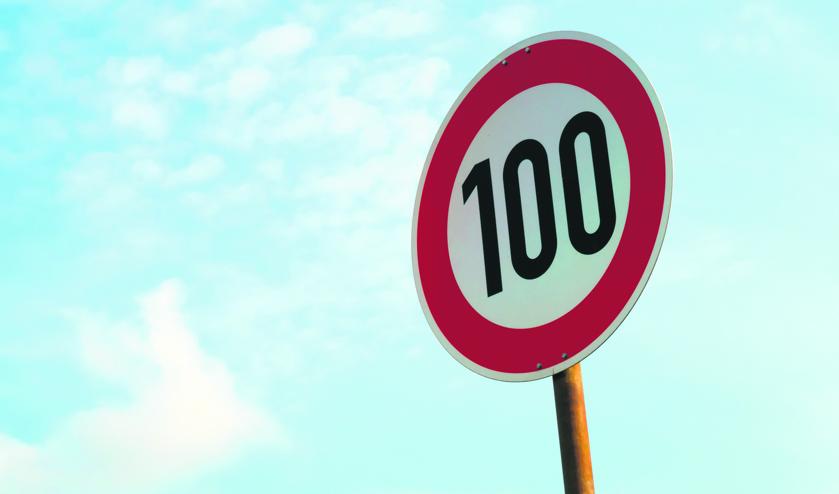 De maximumsnelheid gaat overdag van 130 naar 100 km/u.
