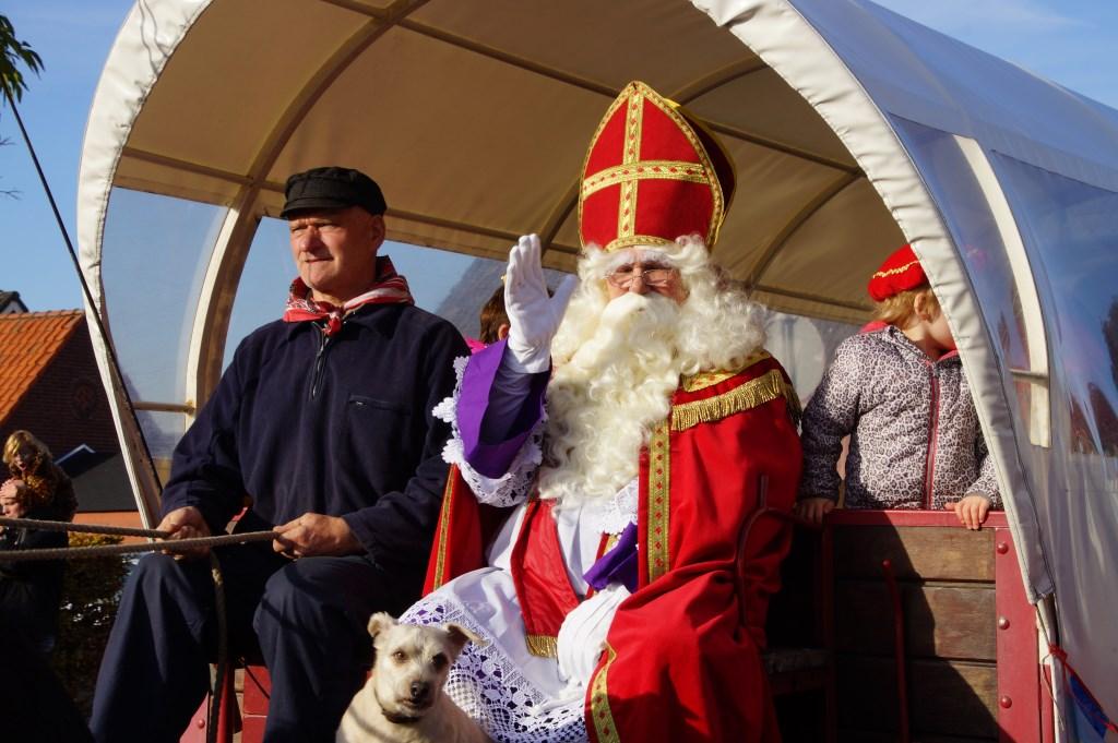 De Sint werd warm onthaald.  Foto: René Bruijnincx © Internetbode
