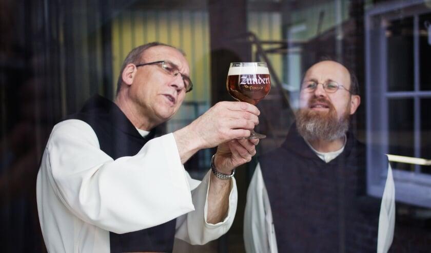 <p>Zundert Trappist, Trappistenbrouwerij De Kievit</p>