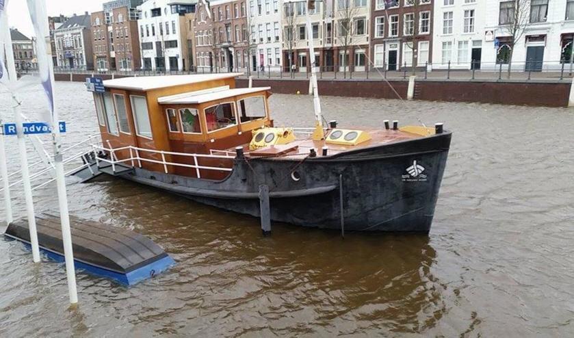 Hoog water bedreigt kassaboot Haven