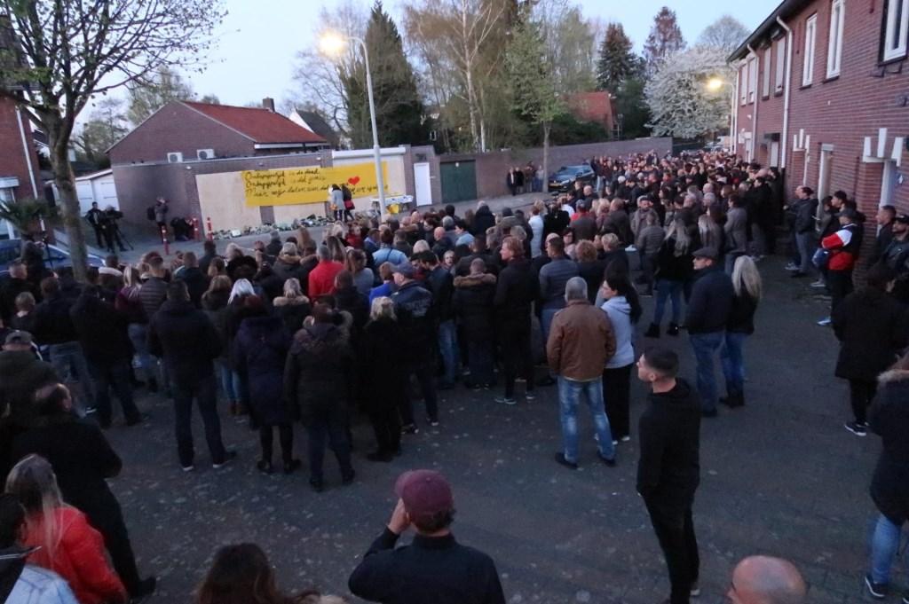 De herdenking van Ger van Zundert in de Sparrenweg. Foto: Perry Roovers/SQ Vision © BredaVandaag