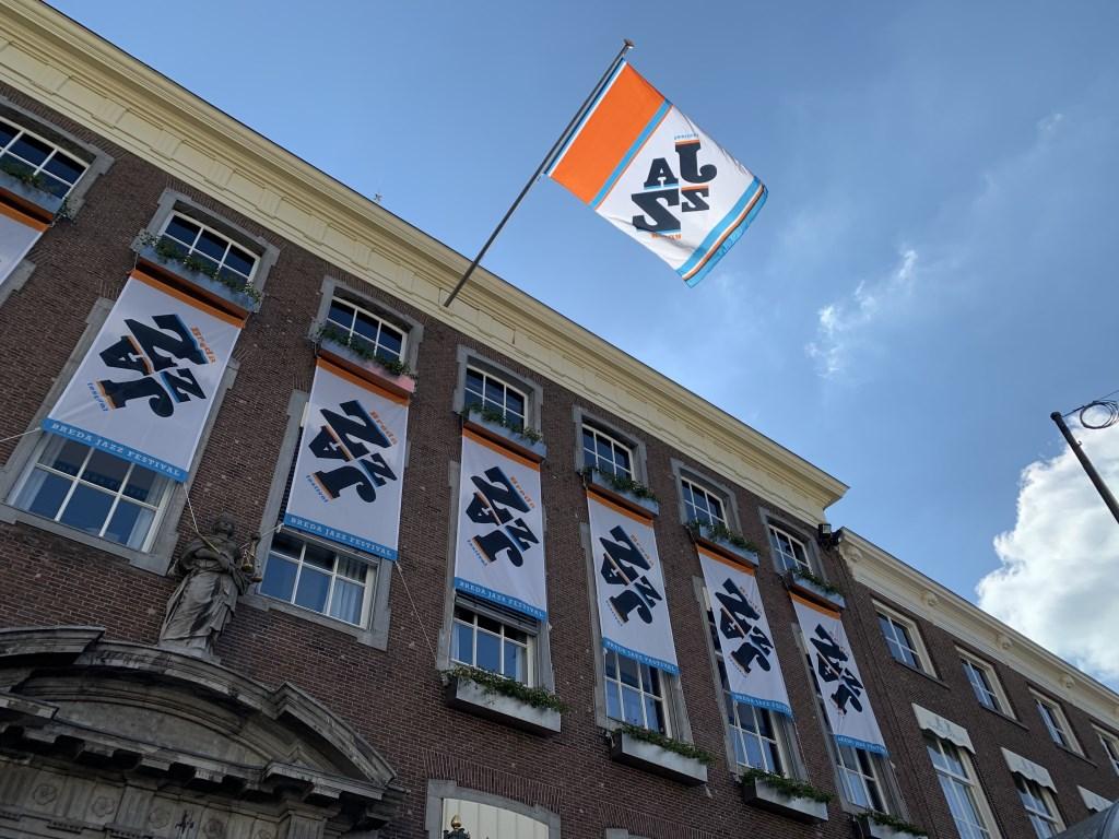 Horeca en organisatie zijn bezig met de laatste voorbereidingen voor Breda Jazz 2019. Foto: Wesley van der Linde © BredaVandaag