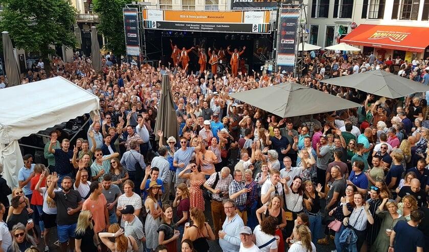 Drukte in de binnenstad met het Jazz Festival.