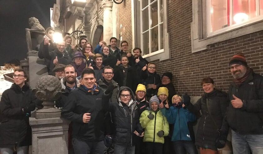 Scouts bij het Stadhuis bij hun protest tegen de
