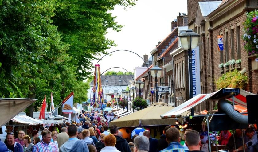 De braderie wordt altijd goed bezocht in Klundert.