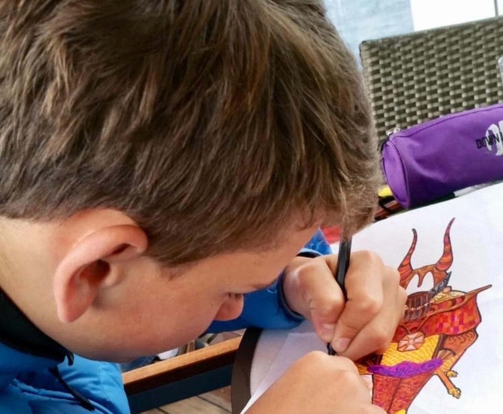 Privéfoto van Wies van drie jaar geleden waar hij geconcentreerd bezig is. Foto: privé-collectie © Internetbode
