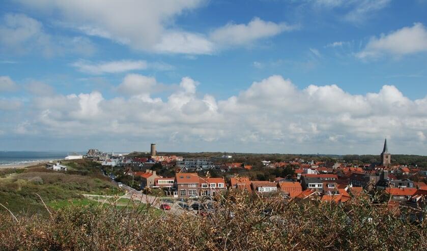 <p>Zicht op Domburg vanaf Hoge Hil</p>