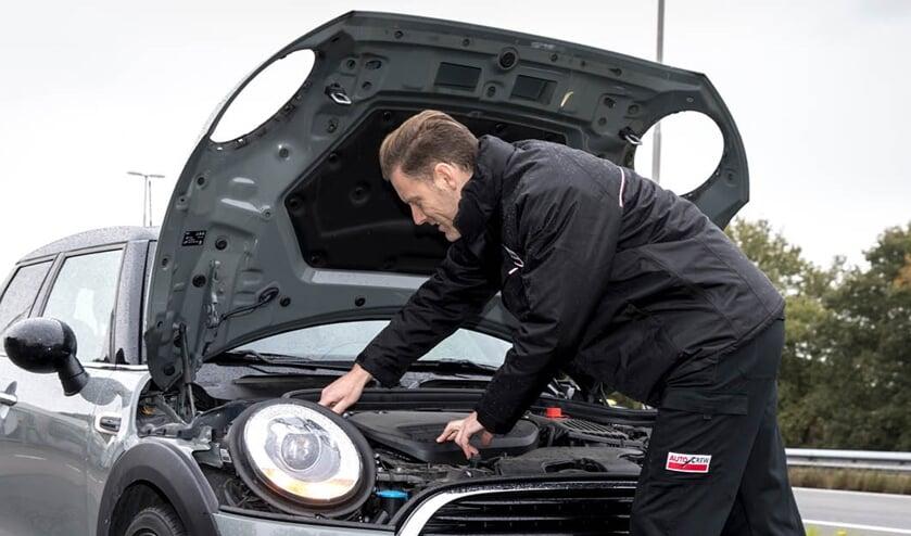 Specialisten van AutoCrew zorgen dat u weer veilig op de weg kunt.