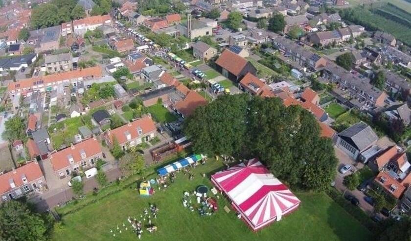 Een luchtfoto van de Bazaar in Grijpskerke. ARCHIEFFOTO